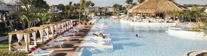 Club Med Hotel pool